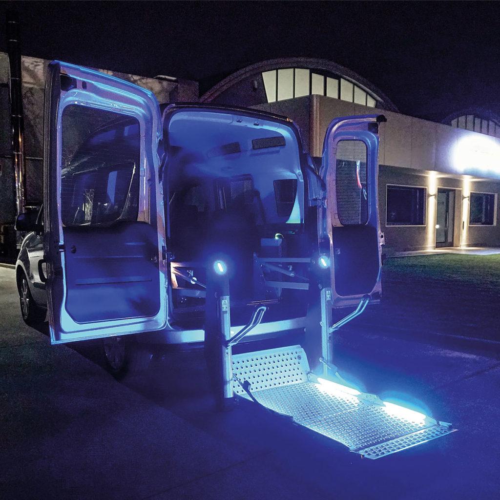 sollevatore-auto-disabili-segnalazioni-acustico-luminose